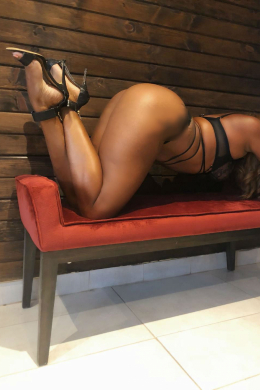 Erotic Massage in Mont-Royal: Best B J a Montreal cheri...